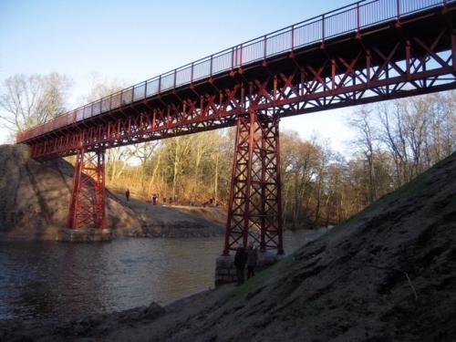 2015 - Den Genopdagede bro