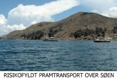 Bustransport tværs over Titicacasøen