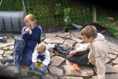 Anna, Viggo og Niklas tager en slapper