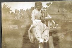 Mormor med hund