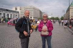 Peer og Elsebeth på Pariser Platz