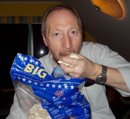 Peer med rigelig popcorn