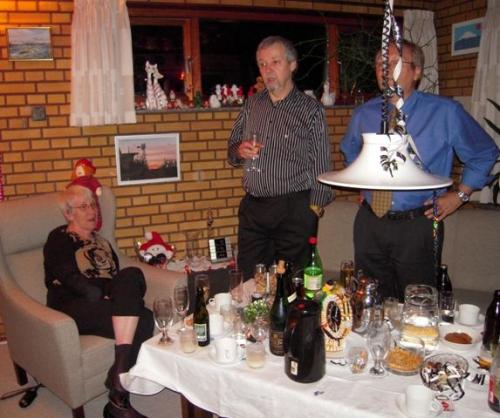 Tenna, Finn og Mogens synger