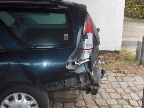 Juelsmindebilen skadet