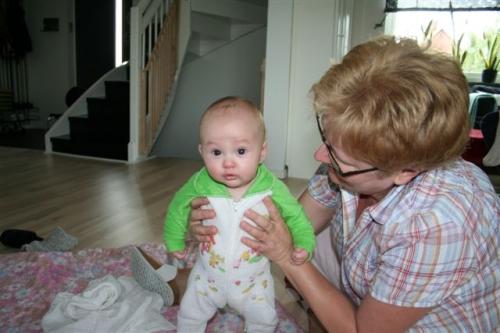Mormor med Tilde