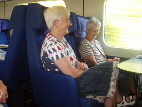Amse og Birte i toget